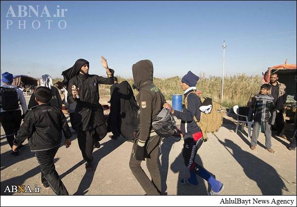 گزارش تصویری/ پذیرایی از زائران پیاده اباعبدالله الحسین (ع)